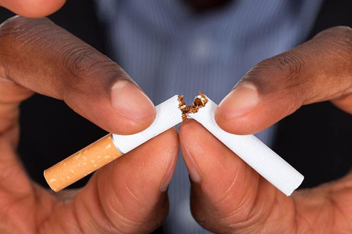bollywood celebs who quit smoking